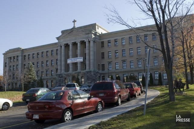 Le collège Jean-de-Brébeuf.... (Photo Armand Trottier, archives La Presse)