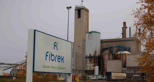 l 39 usine fibrek fermera pour sept semaines louis potvin. Black Bedroom Furniture Sets. Home Design Ideas