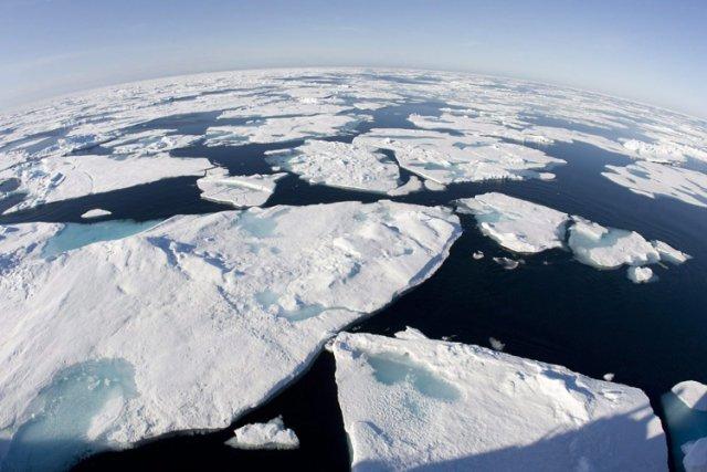 Au Groenland, la calotte glaciaire a enregistré une... (Photo: PC)
