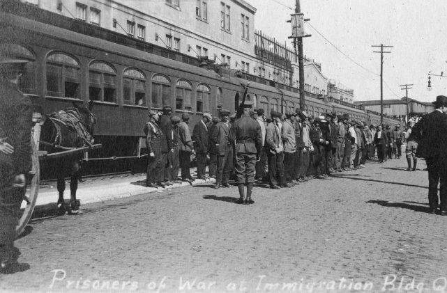 Lorsque le premier conflit mondial a éclaté, des... (Photo fournie par l'association ukraino-canadienne des libertés civiles.)