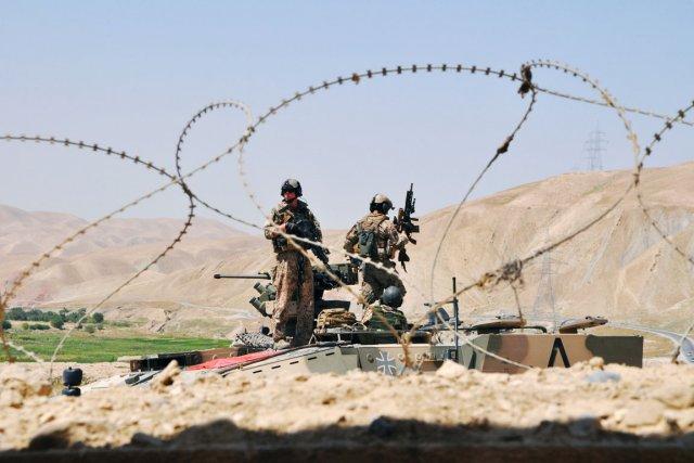 Deux soldats de l'OTAN ont été victimes d'une... (PHOTO SABINE SIEBOLD, REUTERS)