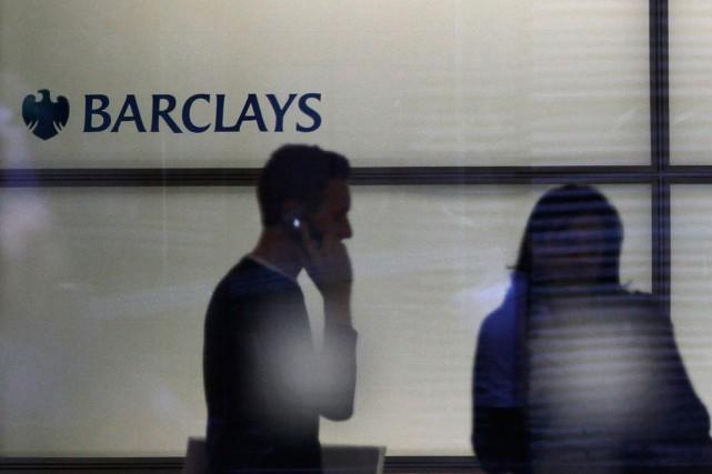 Barclays (notre photo) et Deutsche Bank sont visés... (PHOTO ANDREW WINNING, REUTERS)