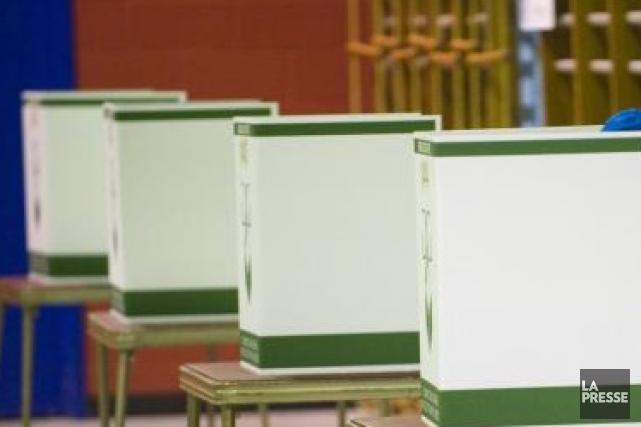 À la veille des élections scolaires de dimanche, la Fédération des comités de...