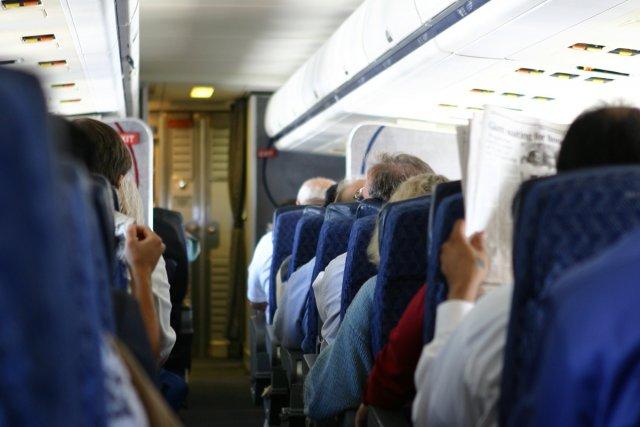 Une femme a causé tout un émoi à bord d'un appareil d'Air Canada qui devait...