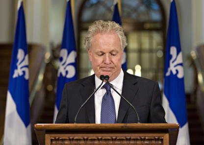 Le cabinet de Jean Charest aurait procédé à... (Photo PC)