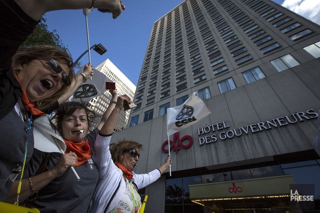 Les 175 employés de l'hôtel Gouverneur Place Dupuis... (Photo Olivier PontBriand, La Presse)