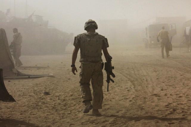 Un nouveau rapport du Médecin général des armées révèle que 15militaires des... (Photo archives Reuters)