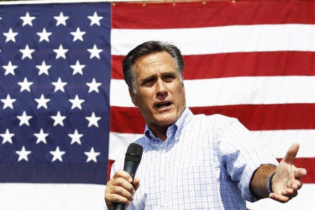 Mitt Romney pourrait-il vraiment faire mieux que Barack... (PHOTO JIM YOUNG, REUTERS)