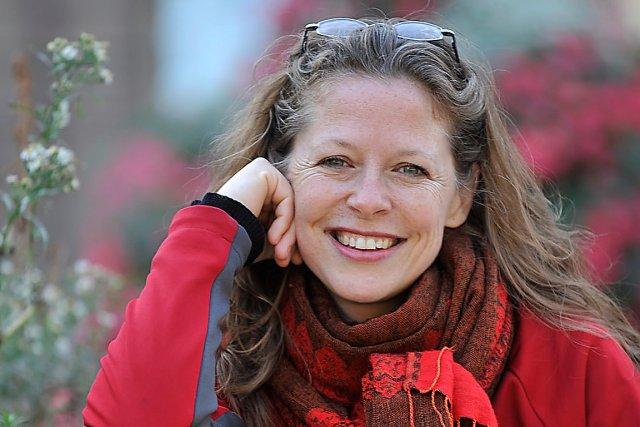 Depuis 2008, Marie-Ève Sévigny lit au public des... (Photo Le Soleil, Steve Deschênes)