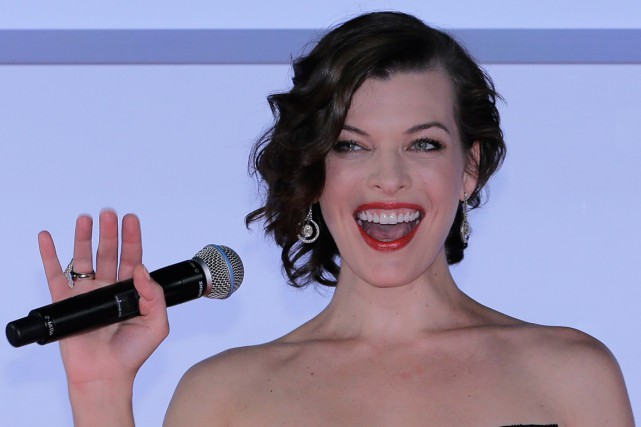 Milla Jovovich... (PHOTO SHIZUO KAMBAYASHI, ASSOCIATED PRESS)