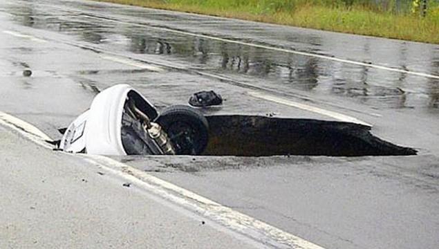 L'affaissement d'un tuyau d'égout pluvial a paralysé un... (Courtoisie)