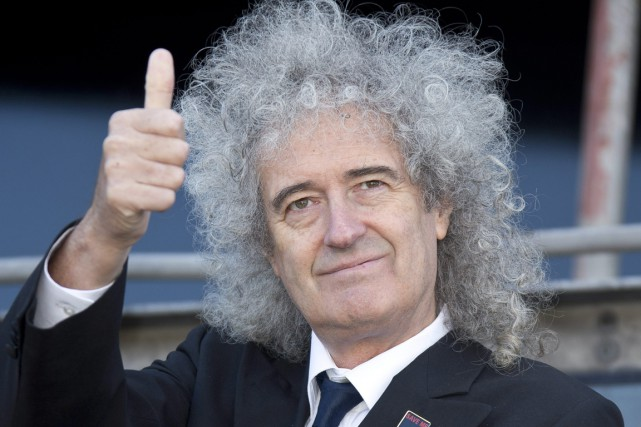 Brian May, guitariste du groupe Queen.... (PHOTO ARCHIVES ASSOCIATED PRESS)
