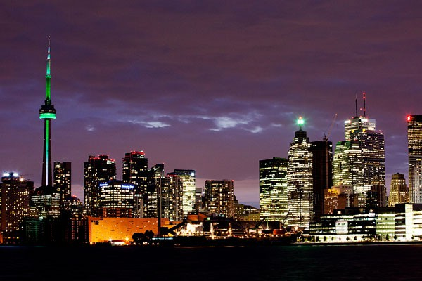 Les écarts entre les riches et les pauvres s'accroissent plus rapidement à... (archives La Presse Canadienne)