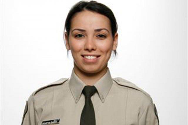 L'agente de la SQ Katia Hadouchi se rendait... (Photo fournie par la SQ)