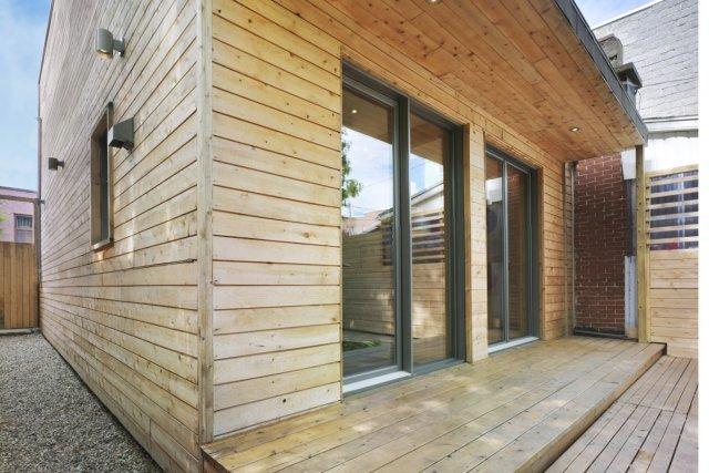 Les planches de cèdre blanc de l'est du... (Photo: Marc Cramer pour Catherine Milanese architecte)