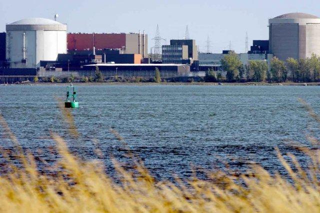 Calculant que sa réfection n'est plus justifiée financièrement,  Hydro-Québec...