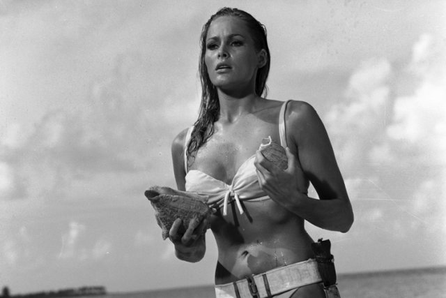 Ursula Andress dans Dr. No.... (Photo: AP)