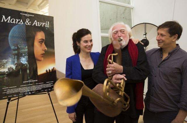 Mars et Avril, avec le réalisateur Martin Villeneuve... (Photo: Olivier Pontbriand, La Presse)
