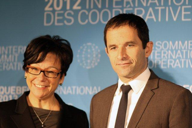 La ministre québécoise laine Zakabet le ministre français... (Photo AFP)