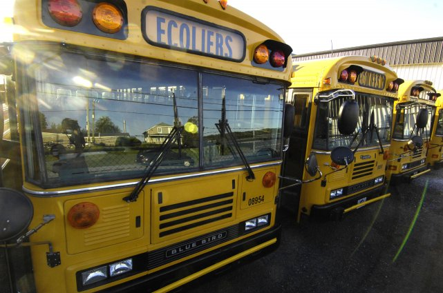 La menace de grève plane toujours chez certains chauffeurs d'autobus scolaires... (Archives La Tribune)