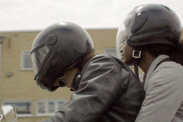 Avec Jeff, à moto de Marie-Ève Juste... (Photo fournie par la production)