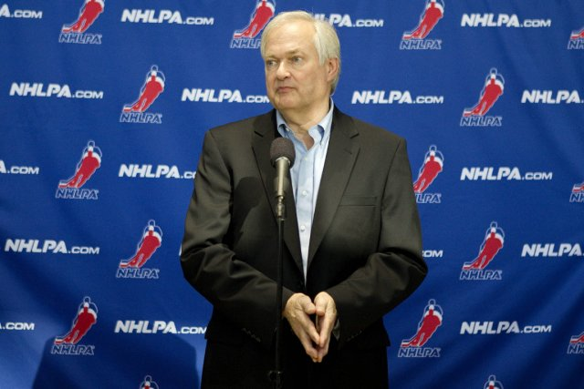 Donald Fehr demande aux joueurs de lui donner... (Photo: PC)