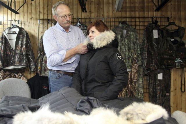 La mise en marché des manteaux Québec-Oie pourrait... (photo Alain Dion)