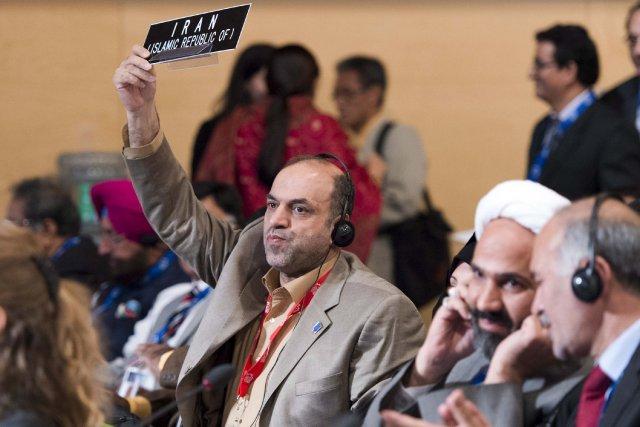 La petite délégation iranienne a protesté durant le... (La Presse Canadienne)