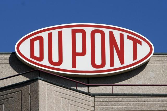 Le chimiste américain DuPont(DD)a subi au premier trimestre... (Photo archives Reuters)