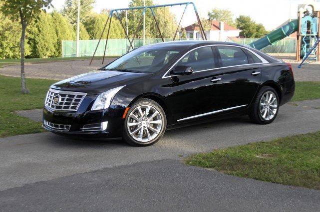 La nouvelle Cadillac XTS épouse un air de... (Photo Jacques Duval, collaboration spéciale)