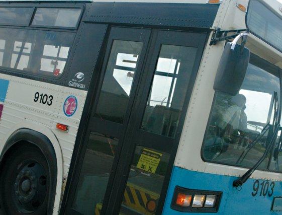 La Société de transport de l'Outaouais (STO) a réprimandé un cadre pour avoir... (Archives, LeDroit)