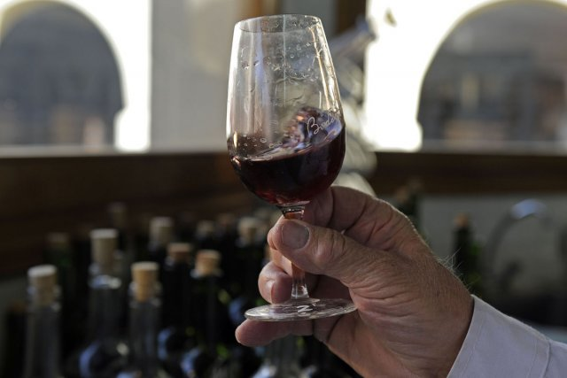 La consommation mondiale de vin va encore progresser au moins jusqu'en 2016, en... (Photo: AFP)