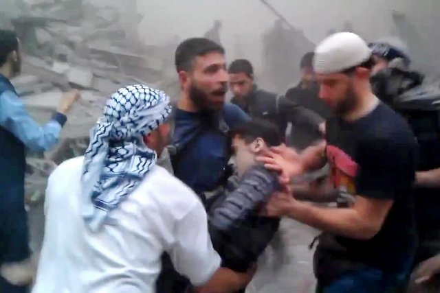 Syrie attentats raids a riens et impasse internationale for Portent en arabe