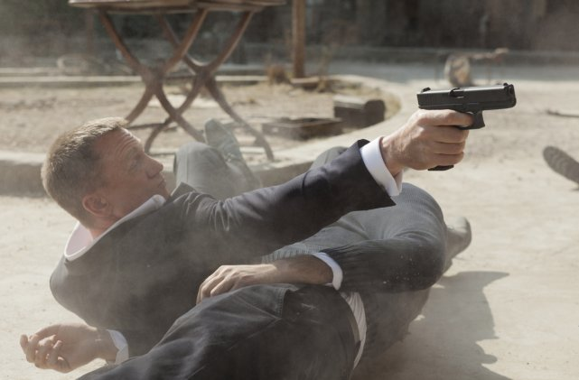 Daniel Craig dans son personnage de James Bond,... (Photo fournie par la production.)