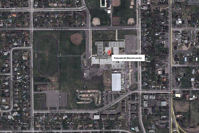 Vue aérienne de la polyvalente Marcel-Landry, à Saint-Jean-sur-Richelieu.... (maps.google.ca)