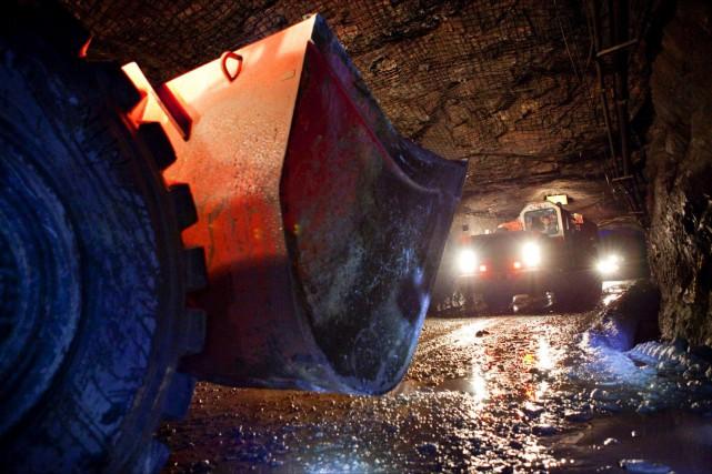 Les neuf travailleurs coincés sous terre à l'intérieur de la mine Westwood... (PHOTO D'ARCHIVES)