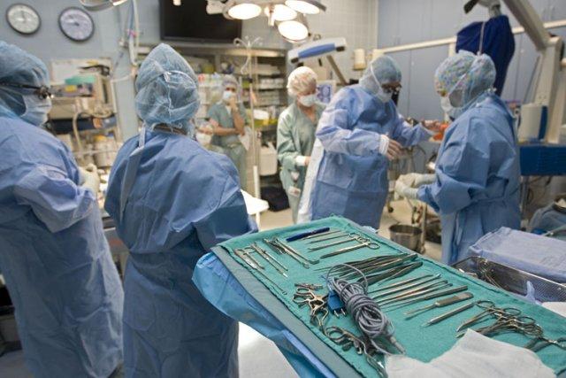 Le Dr Réjean Hébert doit se préparer à une collision frontale. Jeudi,... (Photo: Ivanoh Demers, La Presse)