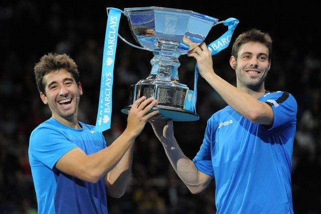 Les Espagnols Marc Lopez et Marcel Granollers.... (Photo: AFP)