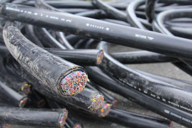 Des voleurs de fils de cuivre ont causé des dommages importants en s'emparant... (photo archives de La Voix de l'Est)