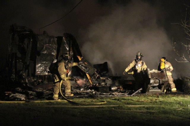 L'incendie d'une résidence qui s'était enflammée dans la... (photo Alain Dion)