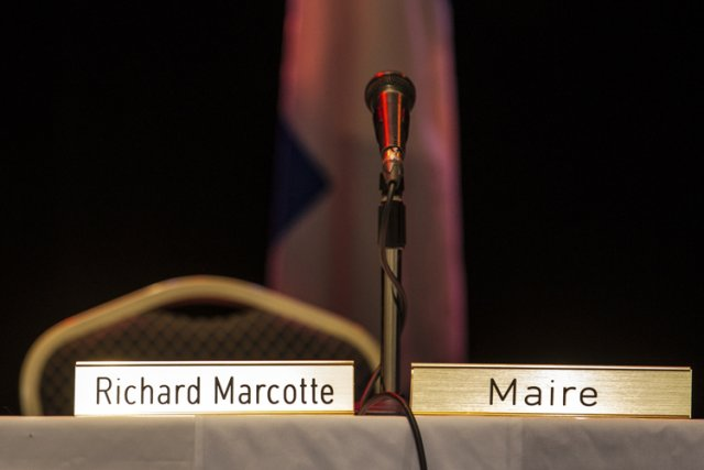 Le maire Richard Marcotte brillait par son absence,... (Photo: Édouard Plante-Fréchette, La Presse)