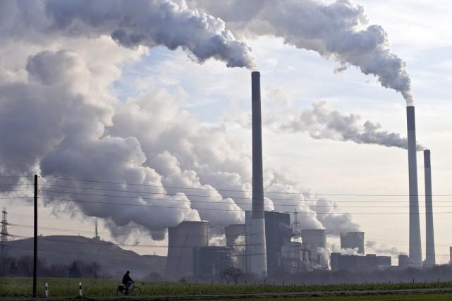 Une centrale thermique au charbon, en Allemagne.... (Photo: archives AP)