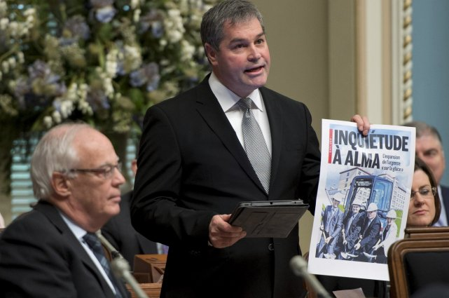 L'ex-ministre de la Santé Yves Bolduc s'est livré... (La Presse Canadienne)