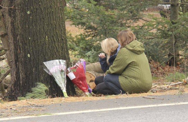 Deux vies fauchées, deux destins tragiques. Les proches et les amis des... (photo Janick Marois)