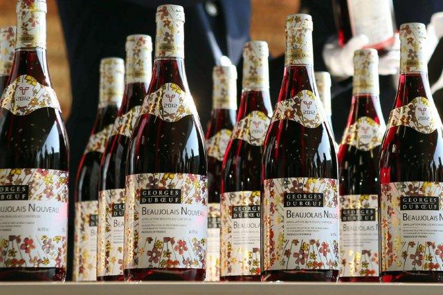 Malgré l'arrivée du beaujolais nouveau, le coeur n'est... (Photo: AFP)
