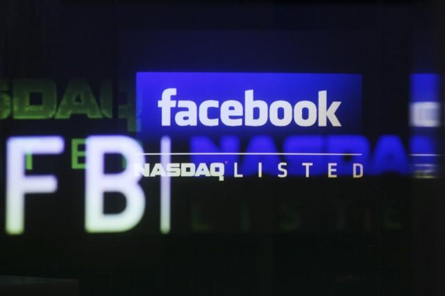 L'action du premier réseau social en ligne mondial, Facebook (FB),... (Photo Reuters)