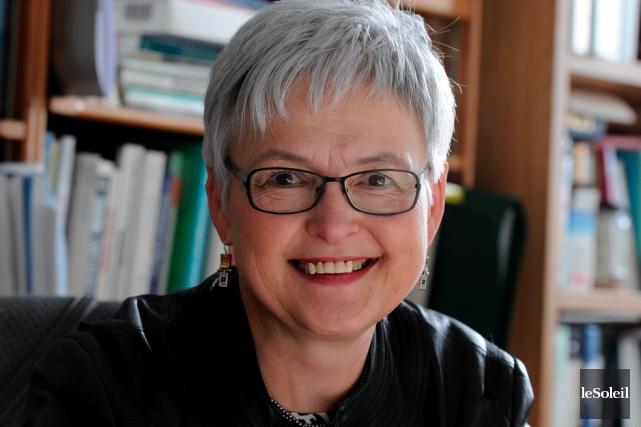 La professeure Hélène Lee-Gosselin,l'initiative de M. Bettache peut... (Le Soleil, Patrice Laroche)