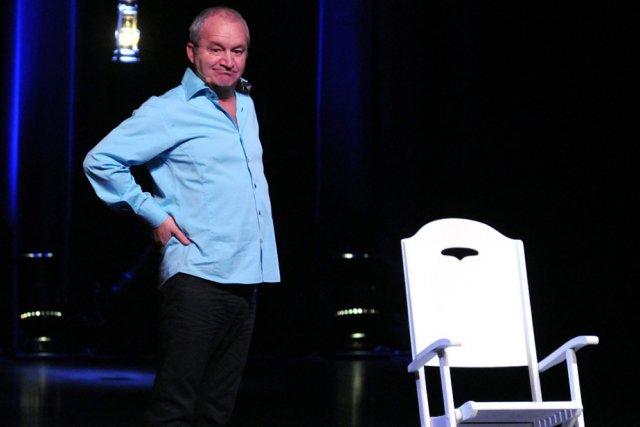 Michel Barrette montre une belle aisance sur scène... (Photo: François Gervais)