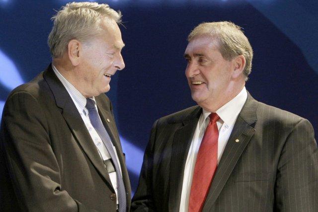 Le président de l'Agence mondiale antidopage (AMA), John... (Photo: archives AP)