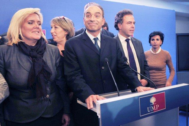 Jean-François Copé s'est adressé aux médias, hier à... (PHOTO MEHDI FEDOUACH, AFP)